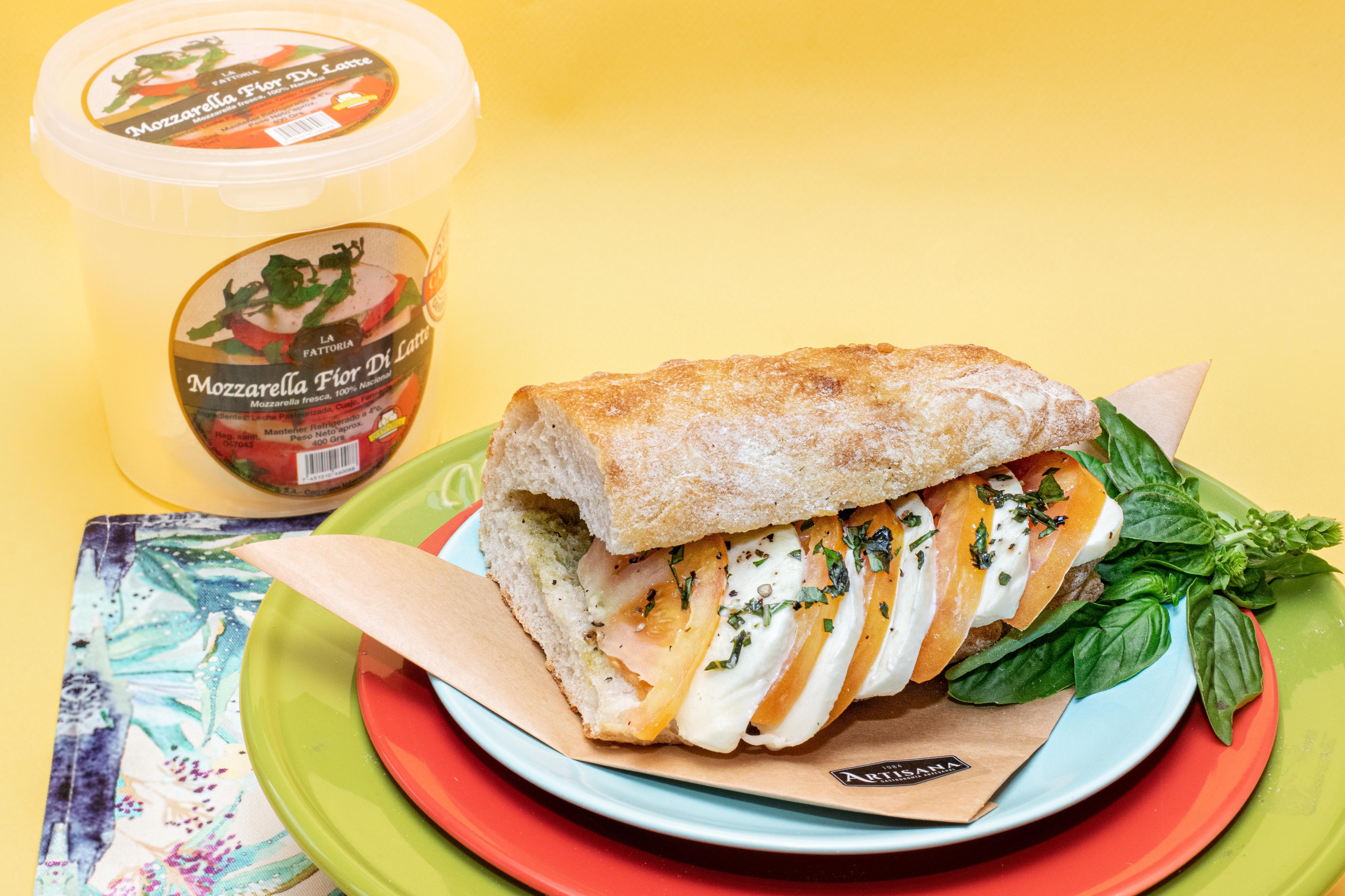 Sandwich Caprese 3
